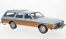Modelcar - <strong>Oldsmobile</strong> customs Cruiser, metallic-light blue/wood optics, 1985<br /><br />BoS-Models, 1:18<br />No. 216273
