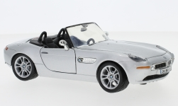 Modelcar - <strong>BMW</strong> Z8, silver, without showcase<br /><br />Motormax, 1:24<br />No. 120154