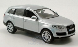 Modellauto - <strong>Audi</strong> Q7, zilver<br /><br />I-Schuco, 1:43<br />Nr. 134833