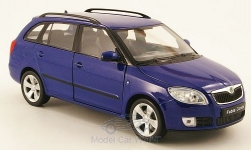 voiture miniature - <strong>Skoda</strong> Fabia II combi, bleu, sans Vitrine<br /><br />Welly, 1:24<br />N° 162646
