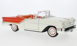 ModelCar - <strong>Oldsmobile</strong> Super 88 Convertible, weiss/orange, 1957<br /><br />Lucky Die Cast, 1:18<br />No. 188424