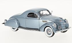 ModelCar - <strong>Lincoln</strong> Zephyr Coupe, metallic-hellblau, 1937<br /><br />Neo, 1:43<br />No. 192620