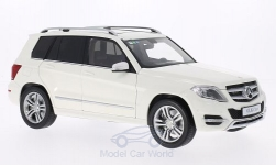 Modellauto - <strong>Mercedes</strong> GLK-Klasse weiss, GTA Edition, 2013<br /><br />Welly, 1:18<br />Nr. 194625