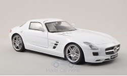 Modelcar - <strong>Mercedes</strong> SLS AMG (C197), white<br /><br />Motormax, 1:18<br />No. 196298