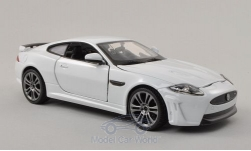 Modellauto - <strong>Jaguar</strong> XKR-S, wit<br /><br />Bburago, 1:24<br />Nr. 196833