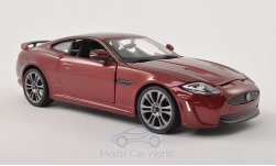 Modelcar - <strong>Jaguar</strong> XKR-S, metallic-dark red<br /><br />Bburago, 1:24<br />No. 197165