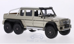 Modellauto - <strong>Mercedes</strong> G63 AMG 6x6, metallic-beige<br /><br />Welly, 1:24<br />Nr. 209566