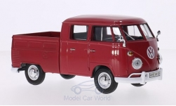 ModelCar - <strong>VW</strong> T1 DoKa, rot<br /><br />Motormax, 1:24<br />No. 210411