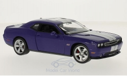 Modelcar - <strong>Dodge</strong> Challenger SRT, purple/silver, 2012<br /><br />Welly, 1:24<br />No. 214721