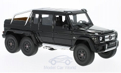 Modellauto - <strong>Mercedes</strong> G 63 AMG 6x6, schwarz<br /><br />Welly, 1:24<br />Nr. 217905