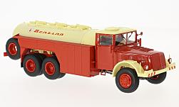 Modelcar - <strong>Tatra</strong> 111 C, white/red, Benzina, tank truck<br /><br />Premium ClassiXXs, 1:43<br />No. 218179