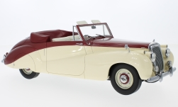 Modelcar - <strong>Daimler</strong> DB18 Special sports by Barker, metallic-red/beige, RHD, 1952<br /><br />CMF, 1:18<br />No. 220398