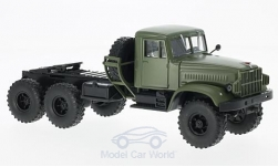 Modellauto - <strong>KrAZ</strong> 214V, mattoliv<br /><br />SpecialC.-81, 1:43<br />Nr. 220595