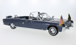 Modelcar - <strong>Lincoln</strong>  Continental SS-100-X, metallic-blue, John F. Kennedy, 1961<br /><br />CMF, 1:18<br />No. 221130