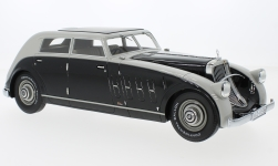 Modelcar - <strong>Maybach</strong> Zeppelin DS8 streamliner Spohn, grey/black, 1932<br /><br />CMF, 1:18<br />No. 222323