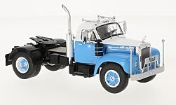 Modelcar - <strong>Mack</strong> B 61, light blue/white, 1953<br /><br />IXO, 1:43<br />No. 224290