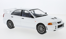 ModelCar - <strong>Mitsubishi</strong> Lancer RS Evolution VI, weiss, 1998<br /><br />IXO, 1:18<br />Nr. 225404
