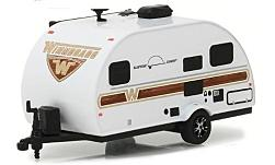 Modellauto - <strong>Winnebago</strong> Winnie Drop 1710, weiss, 2017<br /><br />Greenlight, 1:64<br />Nr. 225508