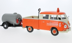 Modelcar - <strong>VW</strong> T1 double cabin, orange/beige, with trailer with tank<br /><br />Motormax, 1:24<br />No. 226038