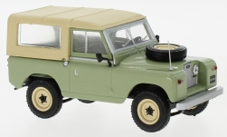 Modellauto - <strong>Land Rover</strong> 88 Serie II, hellgrün/beige, 1961<br /><br />WhiteBox, 1:43<br />Nr. 226690