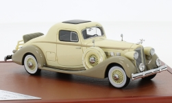 Modellauto - <strong>Packard</strong> Super Eight Coupe, beige/braun, 1936<br /><br />CMF, 1:43<br />Nr. 226805