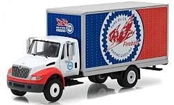 Modellauto - <strong>International</strong> DuraStar Box Truck, Pure Oil, 2013<br /><br />Greenlight, 1:64<br />Nr. 227615