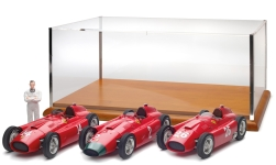 Modelcar - <strong>Ferrari</strong> 3rd-Set: D50, short Nose GP France #14 + Long Nose GP Germany #2 + short Nose GP Italy #26 + figure, P.Co<br /><br />CMC, 1:18<br />No. 228079