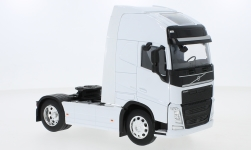 Modellauto - <strong>Volvo</strong> FH 500 (4x2), wit<br /><br />Welly, 1:32<br />Nr. 228733