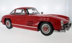 Modelcar - <strong>Mercedes</strong> 300 SL (W198), red, 1954<br /><br />Premium X, 1:8<br />No. 229385