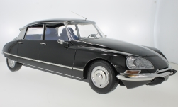 Modelcar - <strong>Citroen</strong> DS21, black, 1970<br /><br />Premium X, 1:8<br />No. 229388