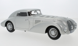 Modelcar - <strong>Mercedes</strong> 540 K (W29) streamline car, silver, 1938<br /><br />BoS-Models, 1:18<br />No. 230617