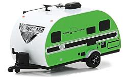 Modellauto - <strong>Winnebago</strong> Winnie Drop 1710, hellgrün, 2017<br /><br />Greenlight, 1:64<br />Nr. 231572