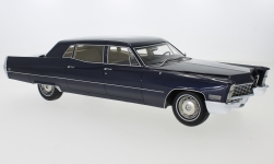Modelcar - <strong>Cadillac</strong> Fleetwood series 75 Limousine, metallic-dark blue, 1967<br /><br />BoS-Models, 1:18<br />No. 231607