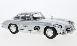 Modelcar - <strong>Mercedes</strong> 300 SL Coupe (W198), chrom, 1954<br /><br />I-Minichamps, 1:18<br />No. 231791