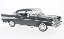 Modellauto - <strong>Chevrolet</strong> Bel Air, schwarz, 1957<br /><br />Motormax, 1:18<br />Nr. 231864