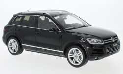 Modellauto - <strong>VW</strong> Touareg II, metallic-schwarz, GTA Edition<br /><br />Welly, 1:18<br />Nr. 231968