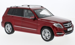 Modellauto - <strong>Mercedes</strong> GLK-Klasse rot, GTA Edition, 2013<br /><br />Welly, 1:18<br />Nr. 231970