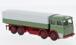 Modelcar - <strong>Büssing</strong> 16000, green/red, flatbed platform trailer with cover<br /><br />Brekina, 1:87<br />No. 232763