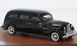 Modelcar - <strong>Packard</strong> Henney Hearse, black, 1940<br /><br />CMF, 1:43<br />No. 233375