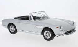 Modelcar - <strong>Ferrari</strong> 275 GTS Pininfarina Spyder, silver, with removable Softtop, 1964<br /><br />KK-Scale, 1:18<br />No. 233378