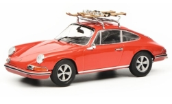 Modelcar - <strong>Porsche</strong> 911 S, red, with Skiträger<br /><br />Schuco, 1:43<br />No. 235266