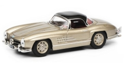 Modelcar - <strong>Mercedes</strong> 300 SL Roadster (W198), metallic-beige/black<br /><br />Schuco, 1:43<br />No. 235267