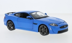 Modellauto - <strong>Jaguar</strong> XKR-S, matblauwe/wit<br /><br />Bburago, 1:24<br />Nr. 235519