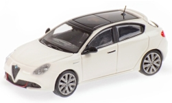 Modellauto - <strong>Alfa Romeo</strong> Giulietta Veloce, weiss, 2017<br /><br />Minichamps, 1:87<br />Nr. 236152