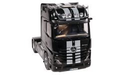 Modelcar - <strong>Mercedes</strong> Actros GigaSpace 4X2, black/silver, 2018<br /><br />NZG, 1:18<br />No. 236240