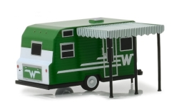 Modellauto - <strong>Winnebago</strong> 216 Travel Trailer, grün, 1965<br /><br />Greenlight, 1:64<br />Nr. 238823