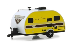 Modellauto - <strong>Winnebago</strong> Winnie Drop 1710, gelb/weiss, 2017<br /><br />Greenlight, 1:64<br />Nr. 238824