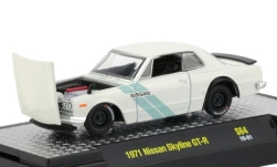 Modelcar - <strong>Nissan</strong> Skyline GT-R, white/Decorated, RHD, 1971<br /><br />M2 Machines, 1:64<br />No. 239165