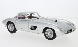 ModelCar - <strong>Ferrari</strong> 375 MM Scaglietti Coupe, silber, RHD, 1954<br /><br />CMF, 1:18<br />番号 239368