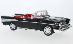 Modellauto - <strong>Chevrolet</strong> Bel Air Convertible, schwarz, 1957<br /><br />Motormax, 1:18<br />Nr. 240366